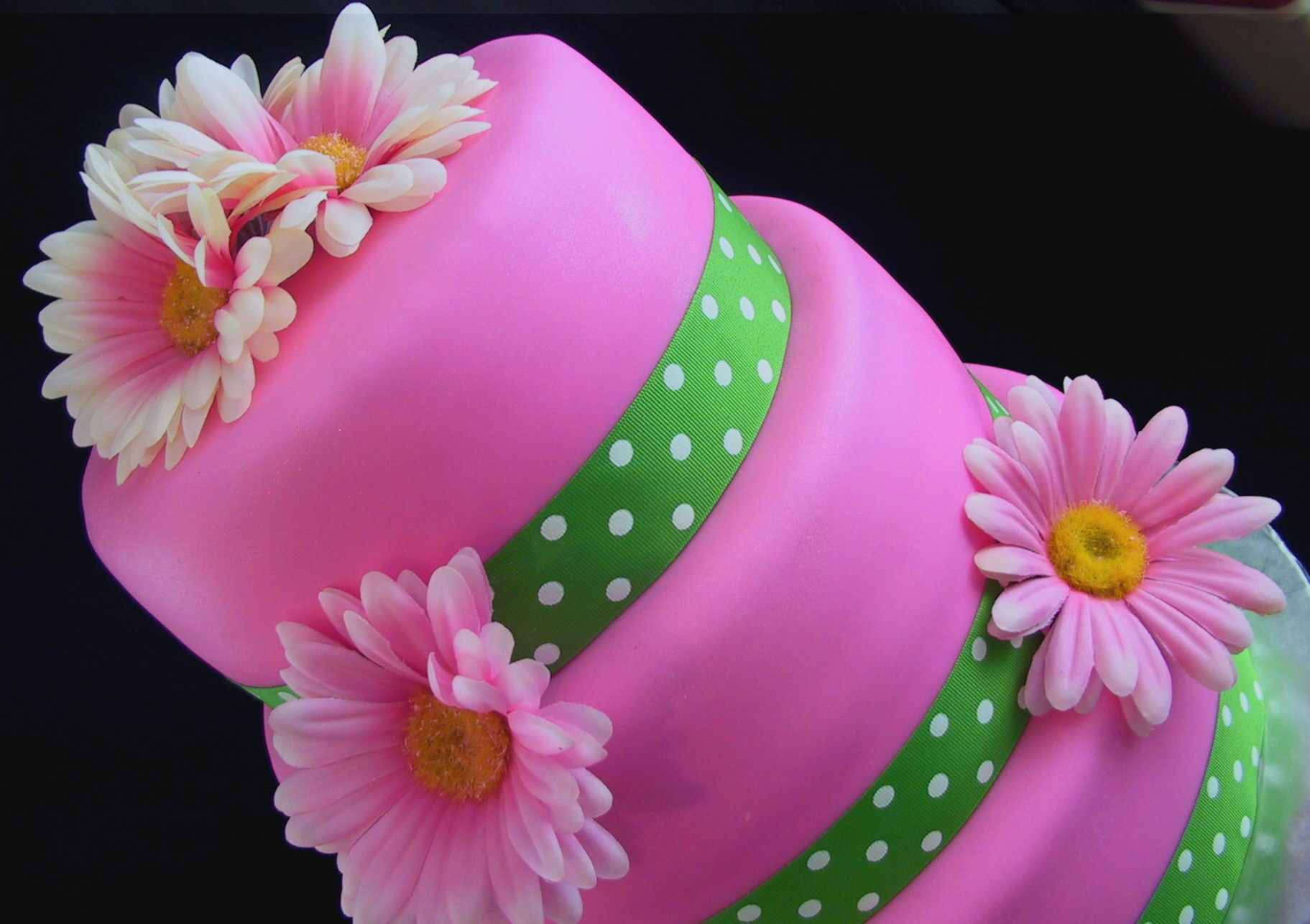 spring cake | The Twisted Sifter