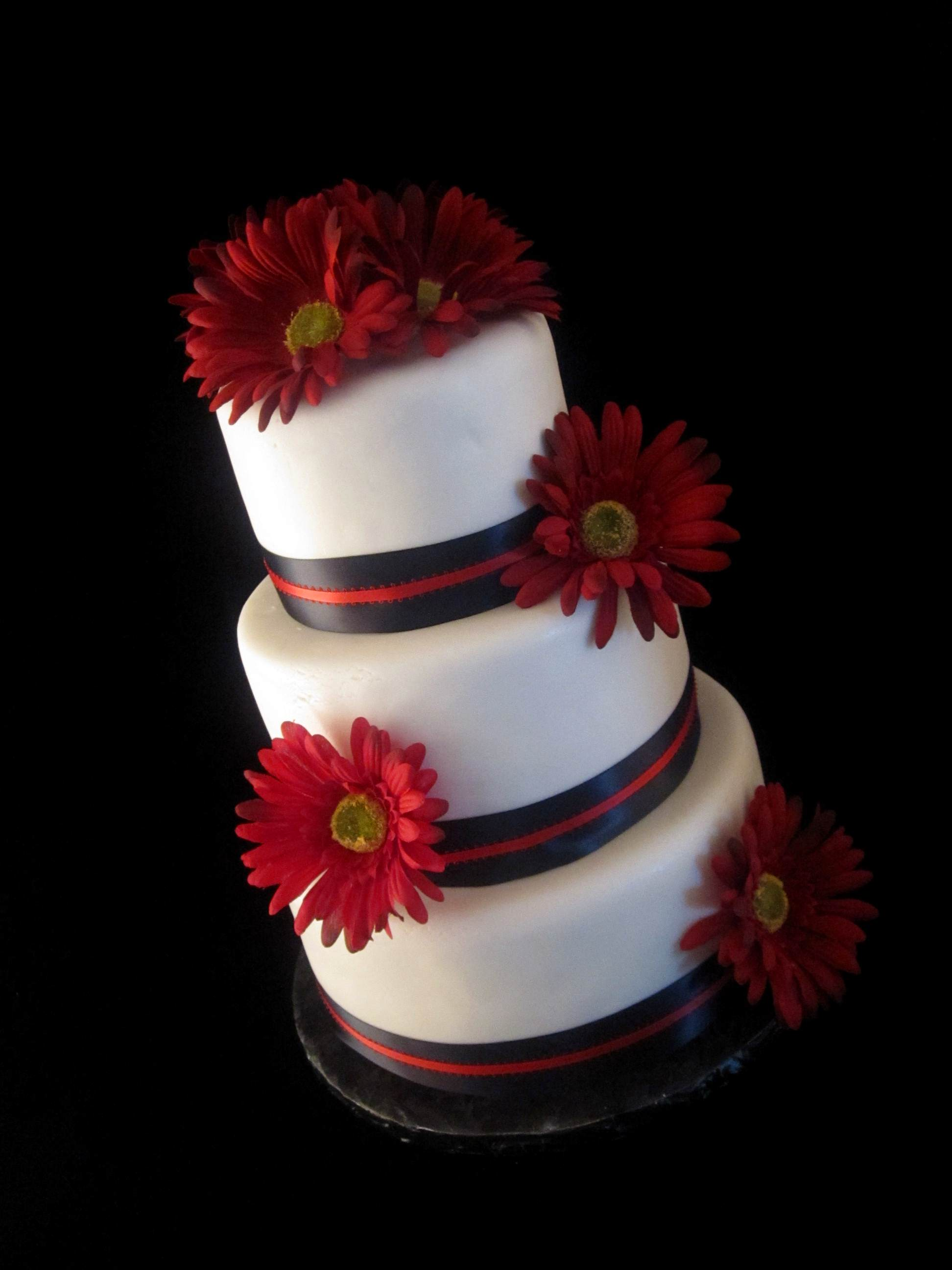 Black White Red Gerber Daisy Wedding Cake